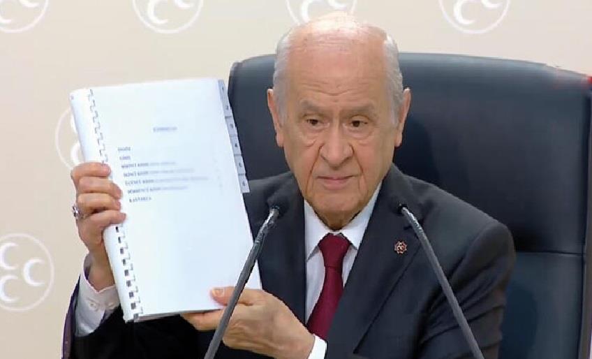 MHP'DEN 100 MADDELİK ANAYASA ÖNERİSİ